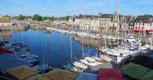 El puerto antiguo de Honfleur, al sur de Le Havre (Francia 2016)
